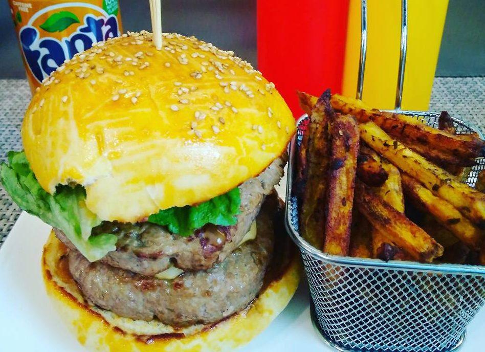 Burger & frites maison VIDÉO