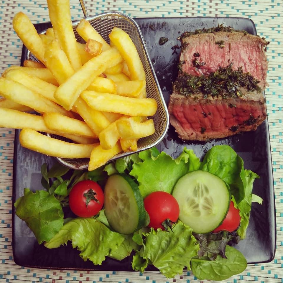 Rôti de bœuf en croute d'herbes