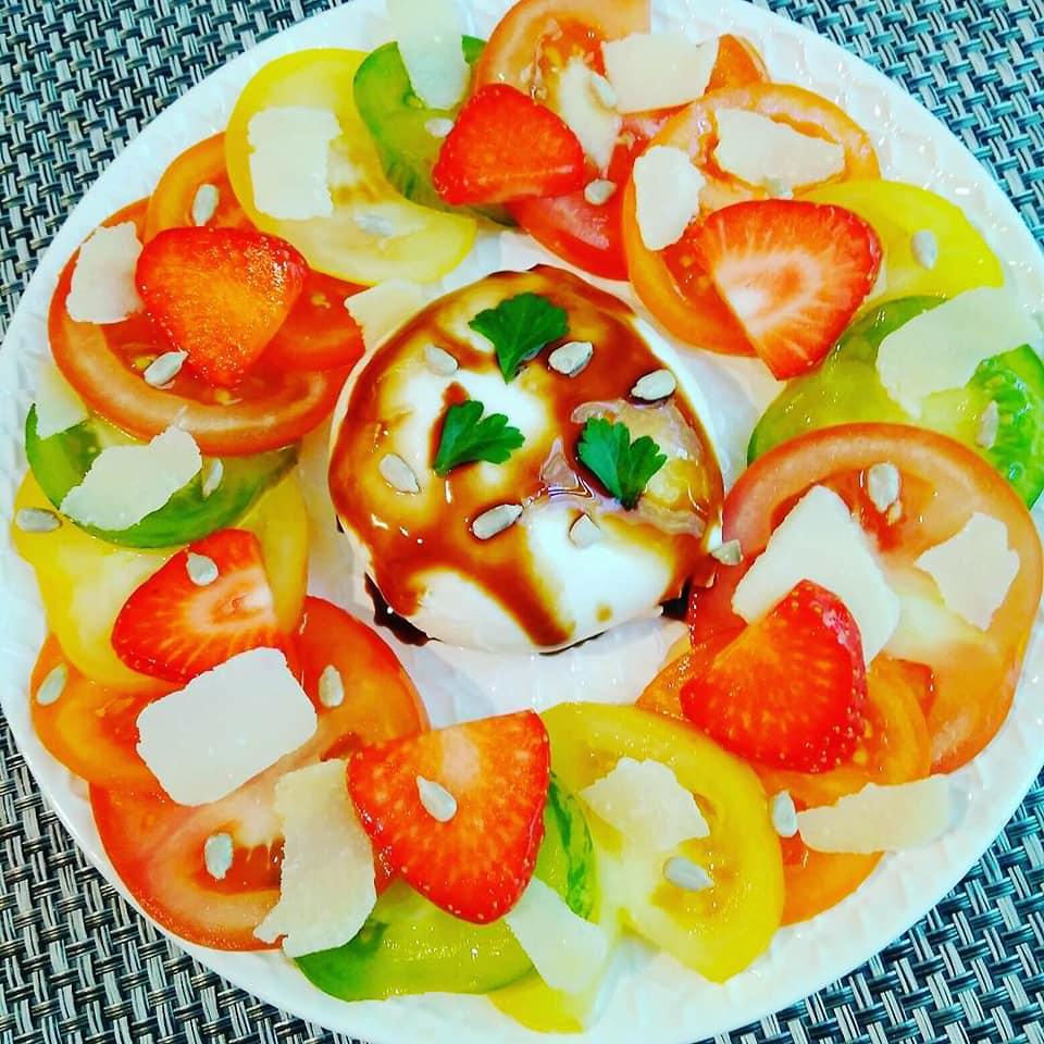 Carpaccio de tomate & mozzarella